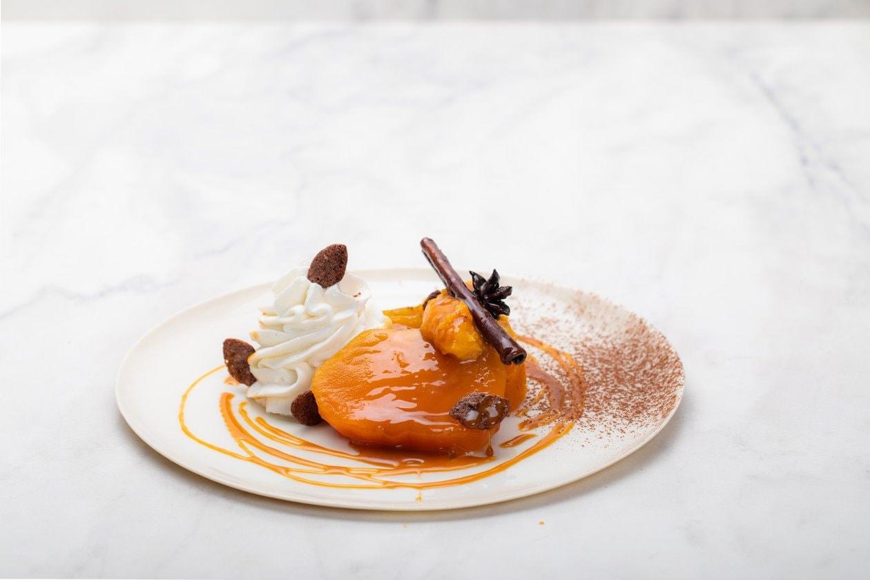 Portakal ve Tarçınlı Tatlı Kabağı Püreli Vanilya Mus Çikolatalı Gevrek ile